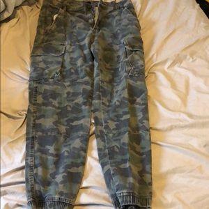SUPER COMFY!! Bluenotes Camo Large Jeans